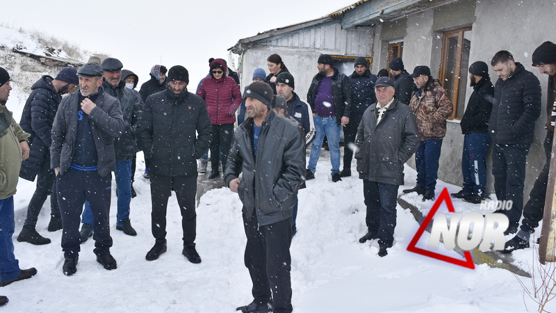 Жители села Ефремовка говорят о невиновности отца и сына\видео
