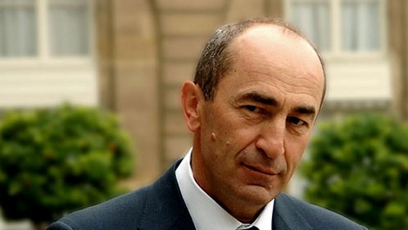 Экс-президент Армении готовится к выборам: Что обещает Роберт Кочарян?
