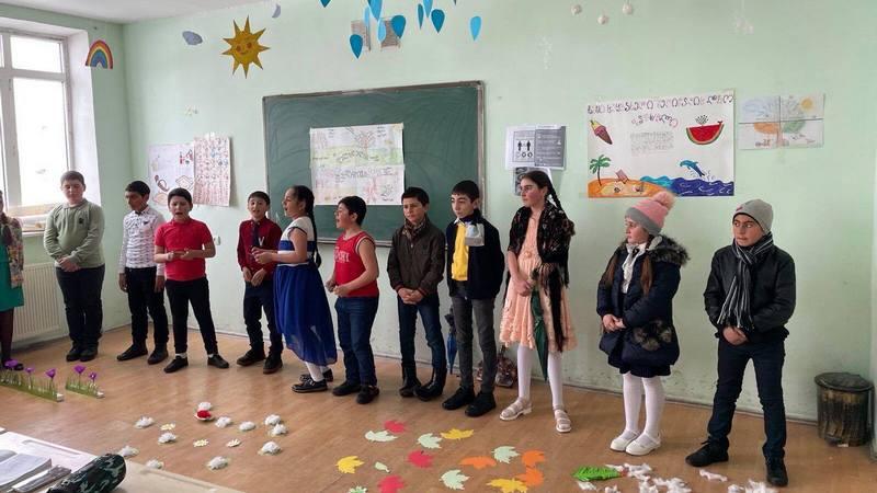 Мероприятие «Времена года» в N1 школе города Ниноцминда/фрто