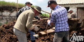 Видео: Будни села Гореловка