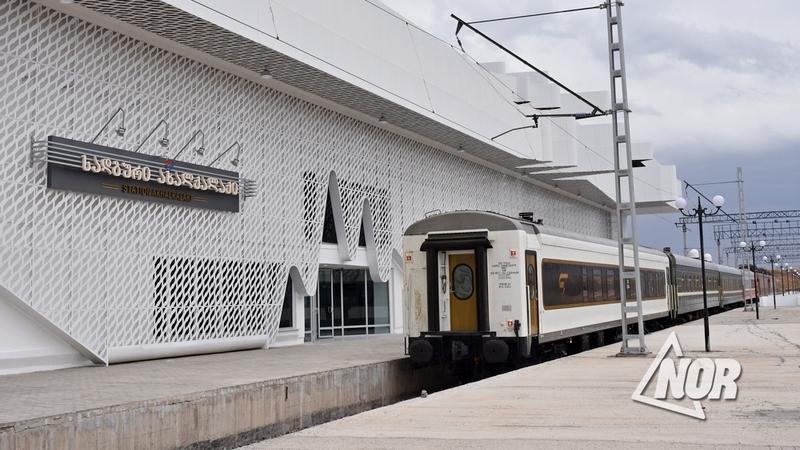 Через Баку-Тбилиси-Карс: экспортный поезд из Турции прибыл в Россию