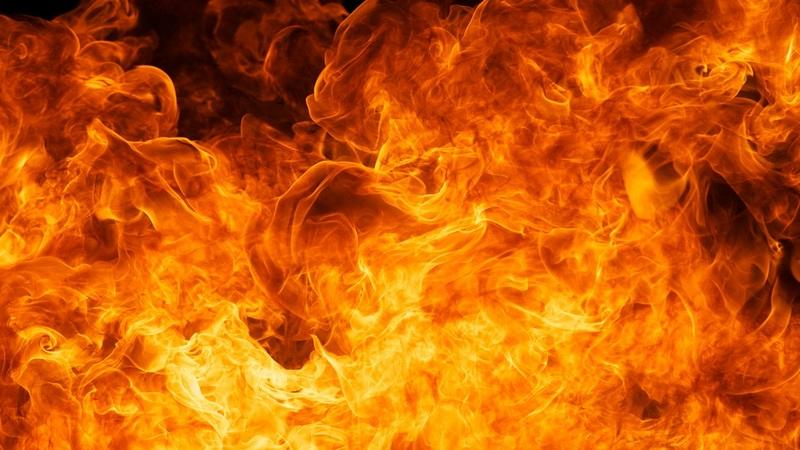 В Армении горит крупный торговый центр «Сурмалу»