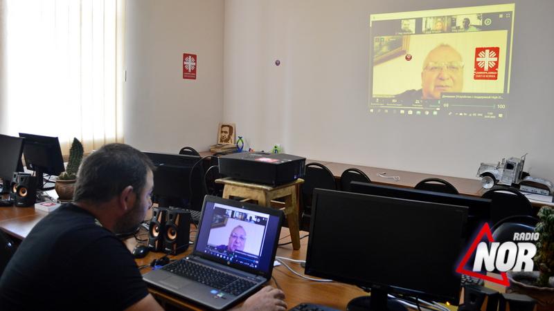 """Учащиеся лаборатории""""ARMAT"""" из села Эштия – победители конкурса """"DigiCode – Джавахети"""""""