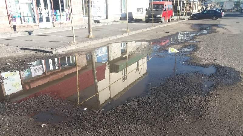 Труднопроходимая яма на улице Пушкина закрыта