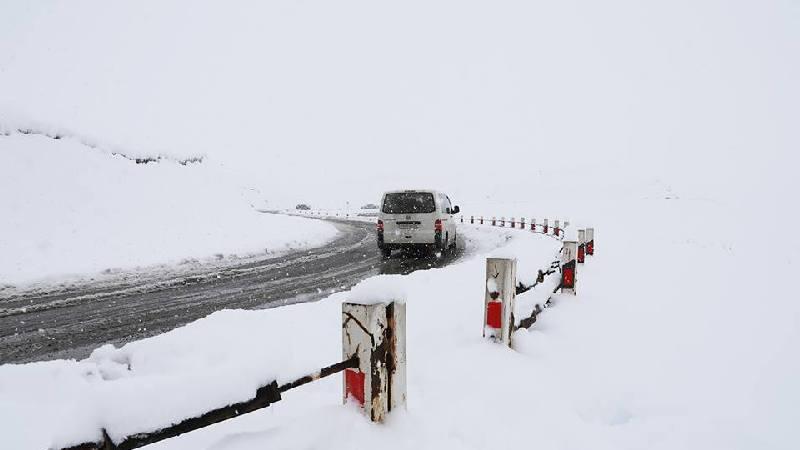 Движение автотранспорта на дороге Ниноцминда-Цалка восстановлено