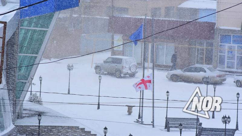 По случаю Дня советской оккупации в Грузии приспущены государственные флаги