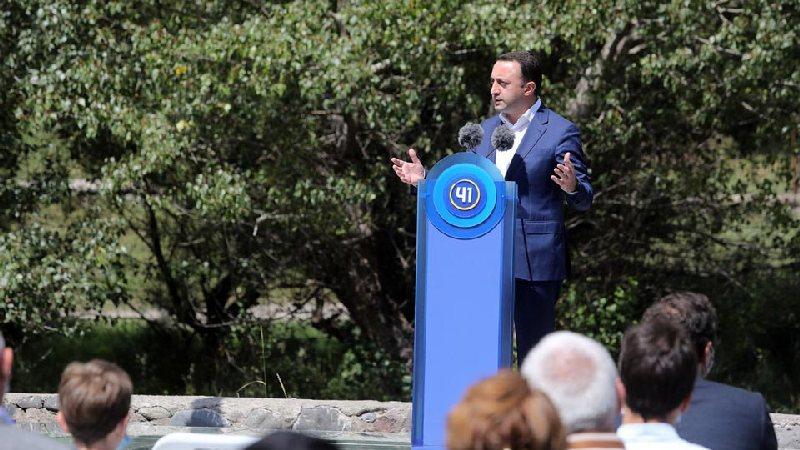 Премьер уверен, что оппозиция готовит провокацию 3 октября
