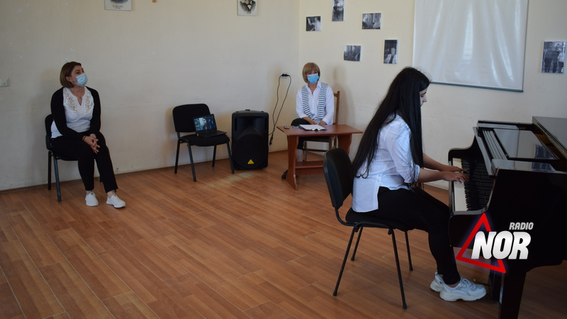 Выпускные экзамены в музыкальной школе\фото