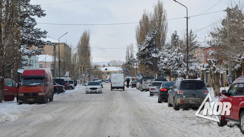 Должен ли премьер-министр Армении уйти в отставку/мнение/видео