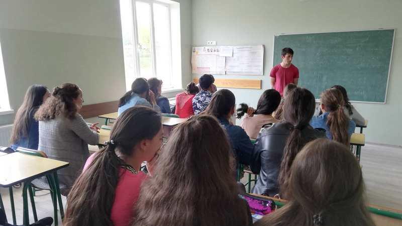 Информационные встречи по повышению уровня гражданского образования среди молодежи