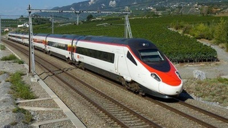 В Грузии возобновил работу железнодорожный транспорт