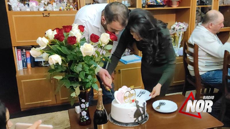 Помолвка и свадьба в комнатах – новые правила коронавируса по старым традициям