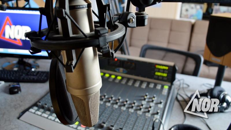 Для размещении рекламы на радио NOR звоните (0361) 22 33 03,  +995 592-613-128
