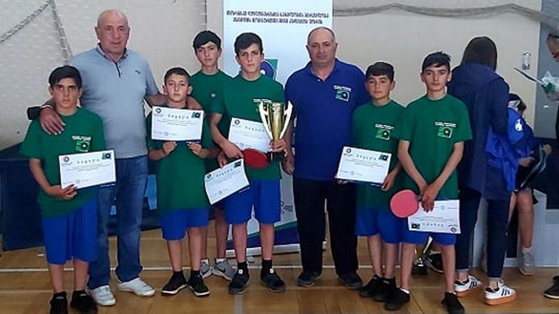 В Тбилиси участники настольного тенниса детско юношеской школы Ниноцминда заняли 2-е место