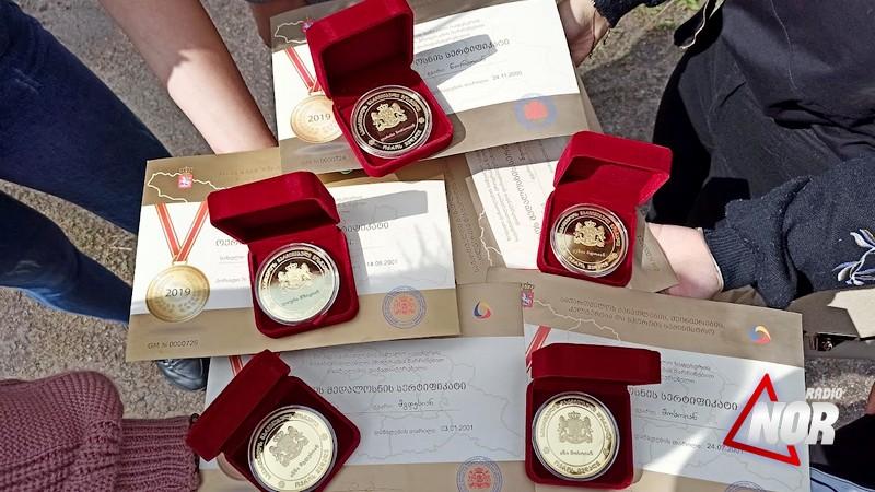 Նինոծմինդայի 18 շրջանավարտներ  ստացան ոսկե մեդալ